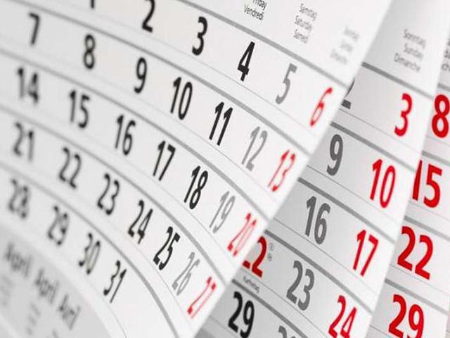 chọn ngày chuyển phòng làm việc theo tuổi