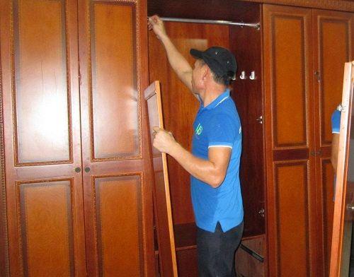 cách tháo lắp tủ gỗ